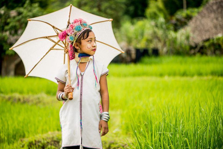 Portfolio of KevinLJ © Kevin Landwer-Johan Kayan Parasol Girl Chiang Mai