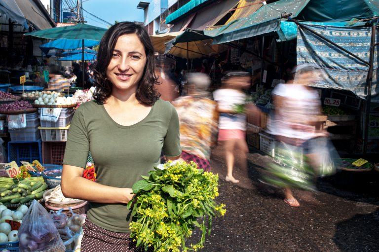 Portfolio of KevinLJ © Kevin Landwer-Johan Market Scene